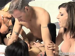 pussy slurping and jizzswapping hump with Alura Jenson and her stellar buddies