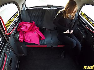 little redhead Linda pays for her cab with her coochie