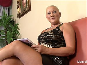 huge-titted blonde grannie takes it in the caboose