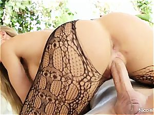 Nicole flashes off her hot body then gets a supreme pummeling