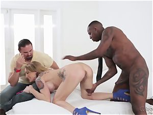 Zoey Portland gets a well well-deserved dosage of man-meat