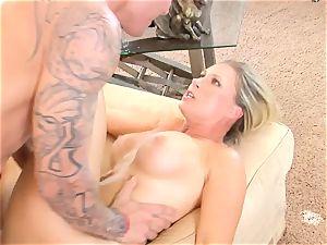 Devon Lee stunner getting mans seed split in her mouth
