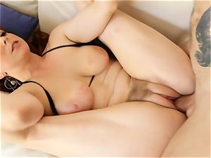red-haired Penny Pax penetrates with her wooly cootchie
