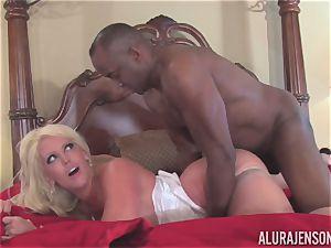 Alura Jenson gets her pretty jaws filled with hard dark-hued lollipop