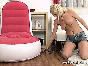 splendid Vanessa Hell insatiable for her own urine