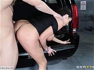 huge-boobed Ariella Ferrera - Drive on my salami