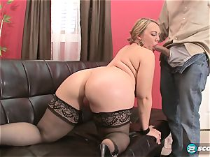 Brandi Sparks, ample backside phat ass white girl, bootylicious Gettig smashed