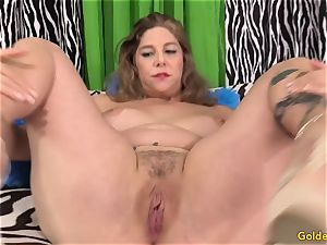 luxurious mature woman takes fuck-stick
