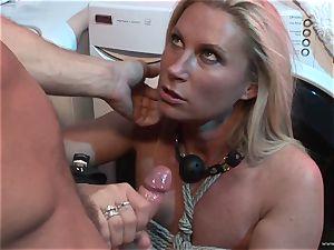 Devon Lee likes getting her wet labia jammed