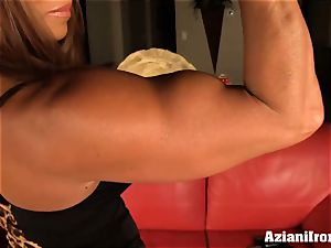 asian model pumps her cunny till its meaty and giant